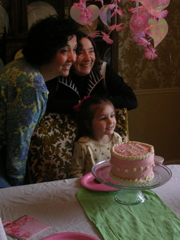 birthday-ella-4th-grandmas